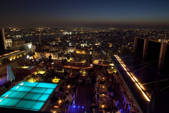 Roof lounge Vogue - Istanbul, Turkey