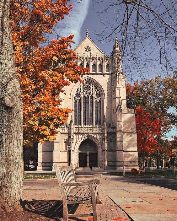 • Chapel latergram • #FallSeries_18 #Princeton #princetagram #PrincetonU @princeton #PrincetonUniversity #NJspots #NewJersey…