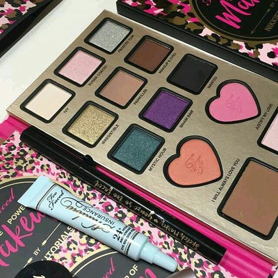 FIRST LOOK! SWATCHES Too Faced + Nikkie Tutorials Collaboration Palette – The Power of Makeup