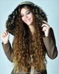 Resultado de imagen para curly hair tumblr