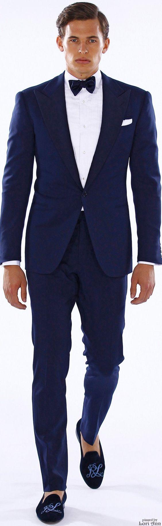 Ralph Lauren primavera 2016 traje azul con pajarita y slippers bordados. #saviler #pajaritas #tendencias #modahombre #accesoriosmasculinos #modamasculan #fashion