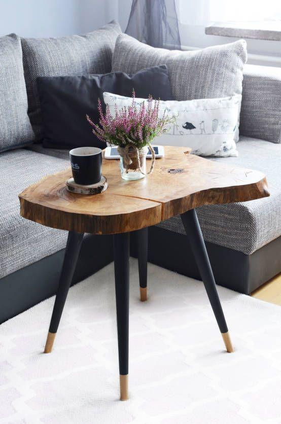 Stolik kawowy BIG STILL WOOD : Side tables & trays by D2 Studio