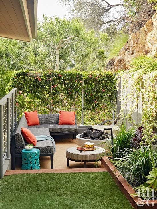 24 Budget Friendly Backyard Ideas To Create The Ultimate Outdoor Getaway Small Patio Design Small Backyard Small Backyard Landscaping