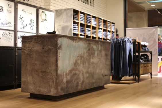 Pepe jeans retail stores and vintage metal on pinterest - Pepe jeans showroom ...