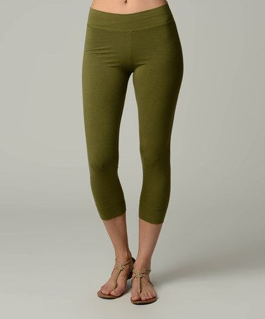 Green Capri Leggings