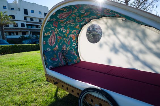 Living in a shoebox | Build your own bicycle caravan