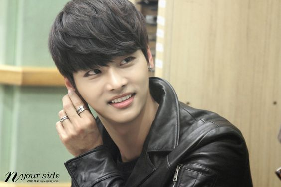 N (VIXX) @ KBS Kiss The Radio 13.12.12 ~ Source : http://nyourside.com/