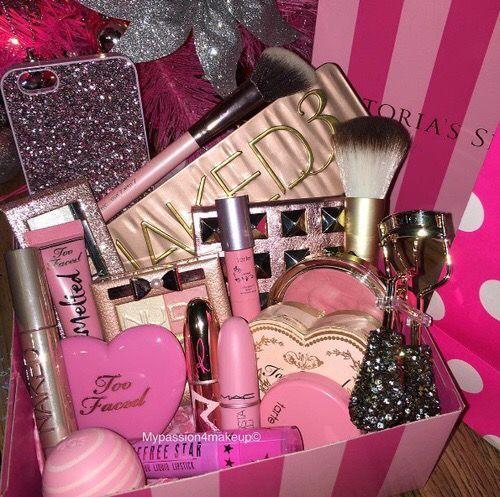 Gift Ideas For Girlfriend Makeup Gifts Basket Diy Gift Baskets Makeup Basket