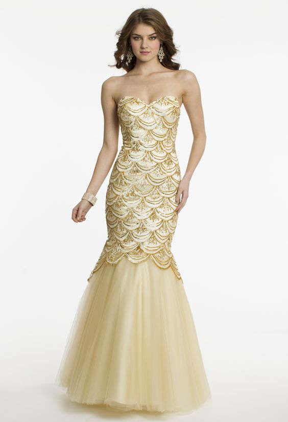 Scallop Pattern Trumpet Prom Dress by Camille La Vie