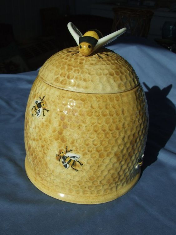 Vintage yellow beehive cookie jar arnel 39 s vgc bumble bees me pinterest beehive - Beehive cookie jar ...