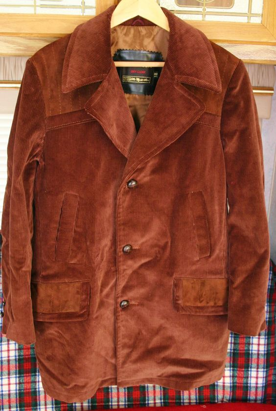 1970's Heavy Thick Half Blanket Lined Corduroy Jacket, Size 40 Regular, 23 Inches Pit to Pit, Great Design Features Hipster Cool!