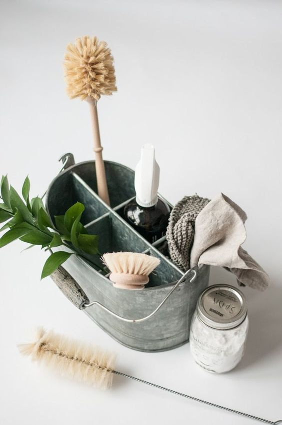 zero waste cleaning recipes available here>>