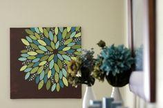 Faça um quadro diferente para decorar a sua sala, é bem prático de fazer e fica lindo em qualquer ambiente! - Veja mais em: http://vilamulher.com.br/artesanato/galeria-de-ideias/crie-um-quadro-decorativo-17-1-7886462-84.html?pinterest-mat