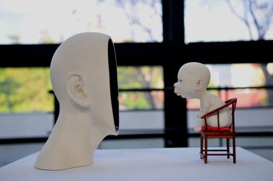 Tsang réalise des oeuvres impressionnantes en leur donnant une apparence étrangement humaine