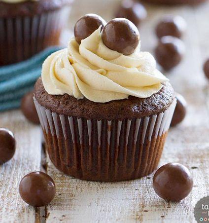Chocolate Malt Cupcakes with Vanilla Malt Buttercream ...