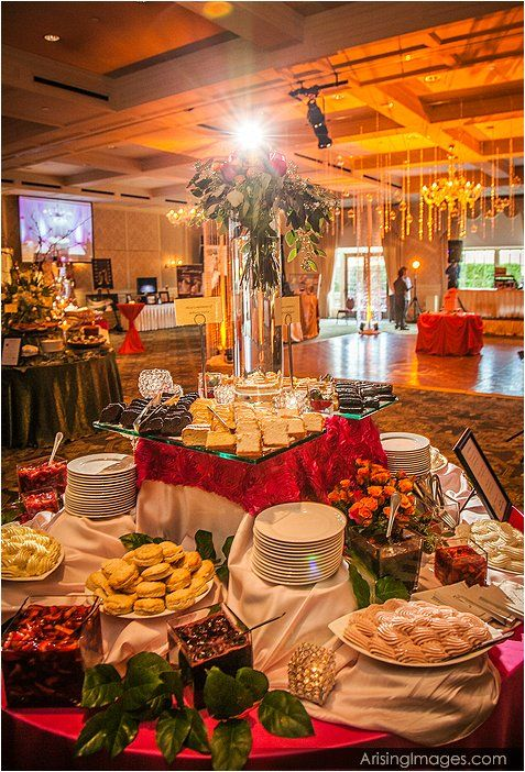 Diffe Levels On The Buffet Create A Beautiful Food Display Use Tulle Or Bunched Up Cloths To Add Color Also Lanterns And Candle Glo