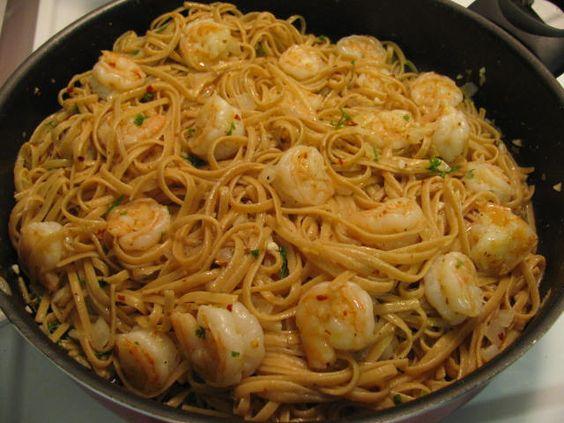 Giada's Lemon Shrimp Linguine by colleengreene, via Flickr