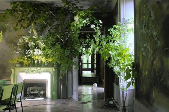 Нарисовать свой дом - художница Клер Баслер (Claire Basler) превратила заброшенную школу в в огромный цветник. Обсуждение на LiveInternet - Российский Сервис Онлайн-Дневников
