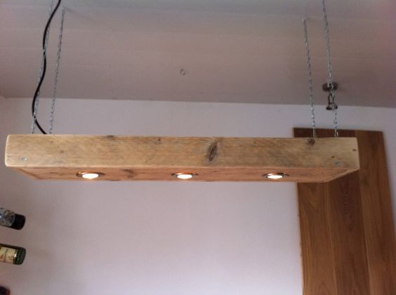 Steigerhouten lamp met spotjes interieur pinterest for Steigerhouten eettafel maken