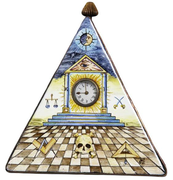 symbolism of clock Alternatively, clocks symbolize the ticking of the human heart and thus is indicative of the emotional side of your lifeif the clock has stopped, then it signifies death this is a common theme for the terminally ill or the dying.