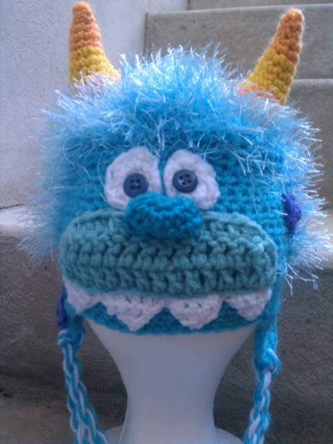 Monster Hat Knitting Pattern : Monster Hat Free crochet pattern Crochet & Knitting Pinterest Yarns...