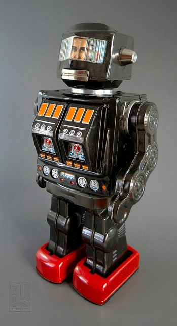 Vintage Toy Robots : S h horikawa rotate o matic super astronaut vintage tin