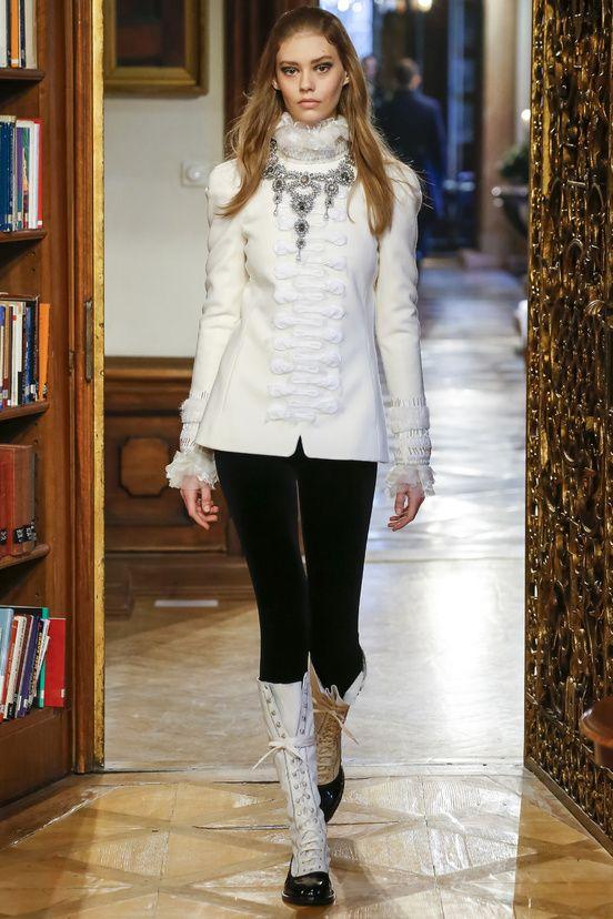 Défilés pré-collections automne-hiver 2015-2016 Chanel Paris-Salzbourg #chanel #mode #fashion