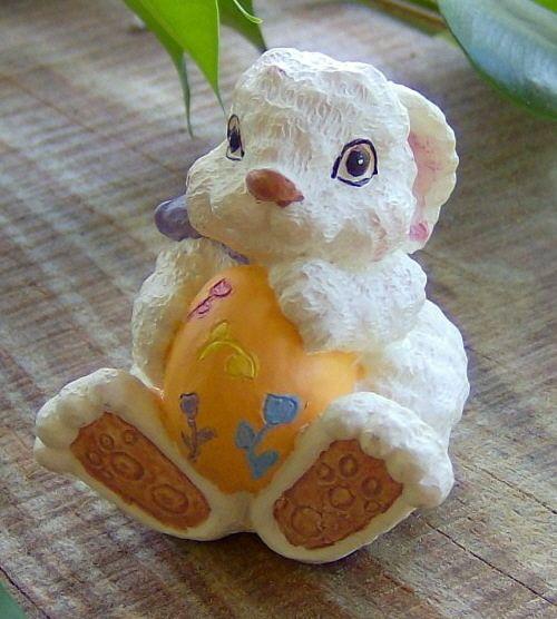 Easter egg big foot bunny! $6