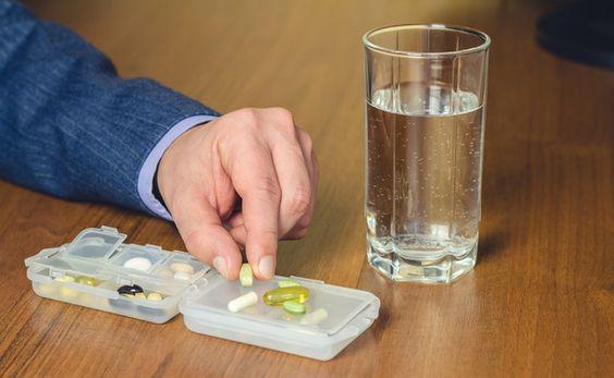 أضرار حبوب الكالسيوم يسبب سوء إمتصاص للدهون وتكون كتل صابونية من الهون في الأمعاء تزيد من مخاطر الجلطا Healing Diet Calcium Supplements Plant Based Nutrition