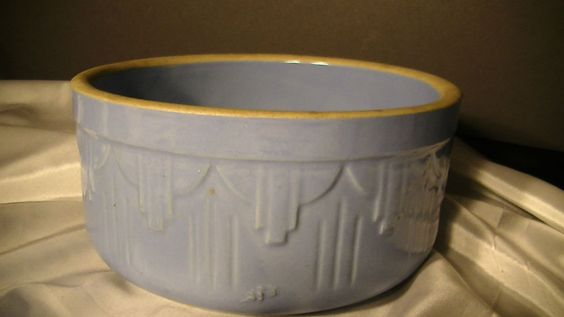 Old White Hall, Illinois Stoneware,Ruckel's Pottery Blue Mixing Bowl