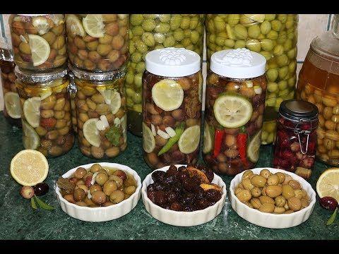 أنجح طريقة لترقاد الزيتون او تخليل الزيتون بدون عناء الاسود و الاخضر و البنفسجي Youtube Food Fruit Grapes