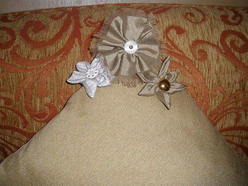 Aprendendo outro modelo de flor de fuxico! | Flickr - Photo Sharing!