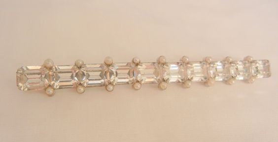 Always something exciting in store many items on sale from 10 to 60% off Fantastic Art Deco Baggett rhinestone Seed bead Long Bar Brooch