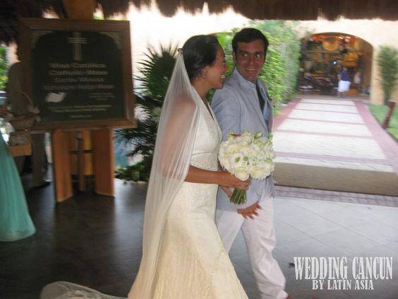 #white #vintage #simple #romantic #bridal #bouquet #destinationweddings #weddingcancun by #latinasia
