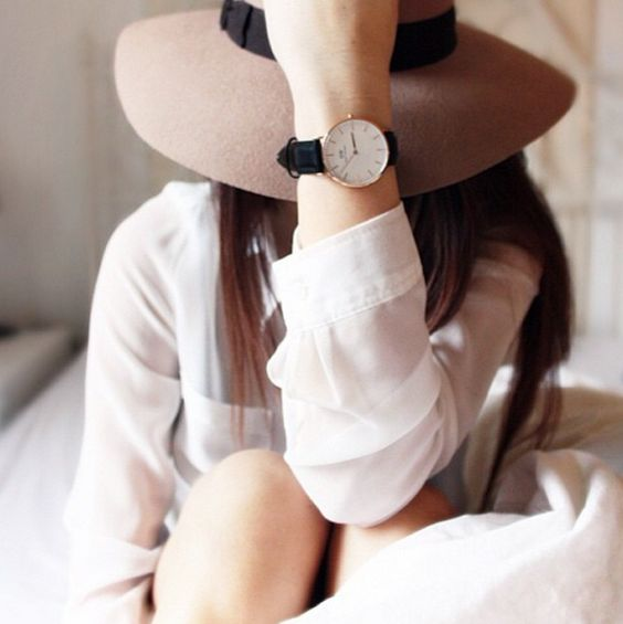 Daniel Wellington Grace Glasgow Get 15% off all products at www.danielwelling... until June 15, 2015. Just use the Promo Code LEABO Follow Daniel Wellington on Instagram: @danielwellingtonwatches #danielwellington