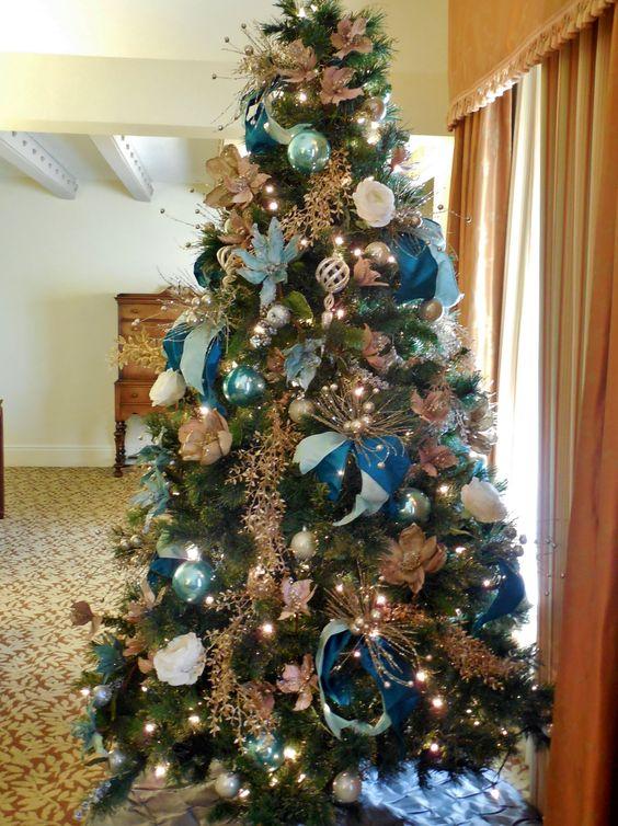 White Christmas Tree Blue Ornaments : Christmas tree blue ornaments white roses and champane gold c robinson cne home