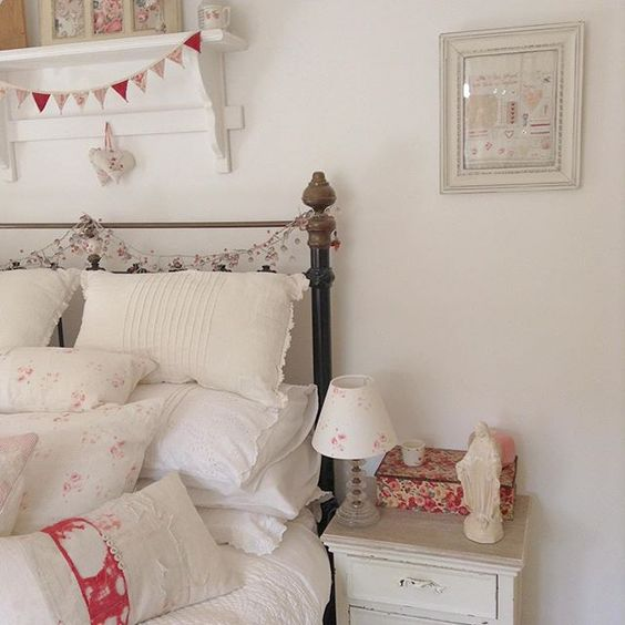 Shabbyness Cottage Bedrooms Country Cottage Cottage Style Country