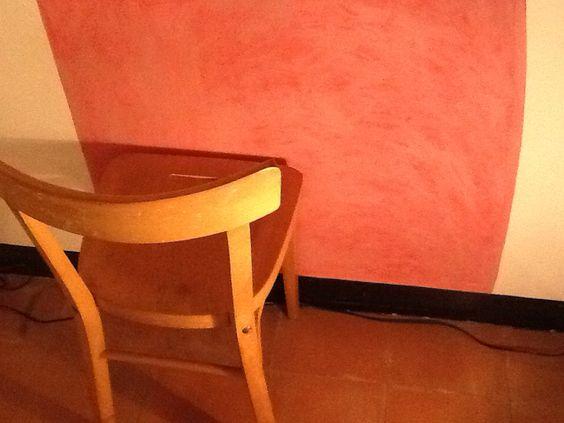 Instalación  Maria Dinares en Hostal Fugarolas