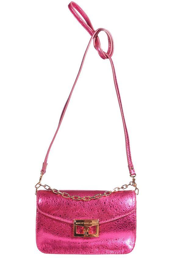 Marc by #MarcJacobs   Kleine Clutch aus pink schillernden Leder   Marc by Marc Jacobs   mymint-shop.com   Ihr Online Shop für Secondhand / Vintage Designerkleidung & #Accessoires bis zu -90% vom Neupreis das ganze Jahr #mymint
