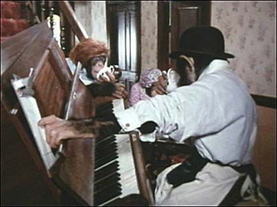 Website for this image  75 years of PG Tips: Mr Shifter - PG's best loved and longest TV ad.  bbc.co.uk  Full-size image  400×300 (Same size), 23KB  More sizes  Search by image  Similar images  Type:JPG  Images may be subject to copyright.