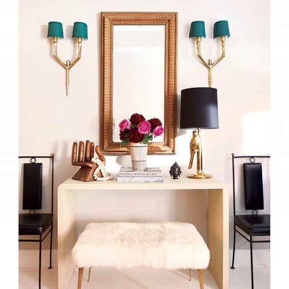 ¿Qué mejor que empezar la semana con una propuesta fresca, ligera y de lo más Chic? Un apartamento de soltera ya en el blog!