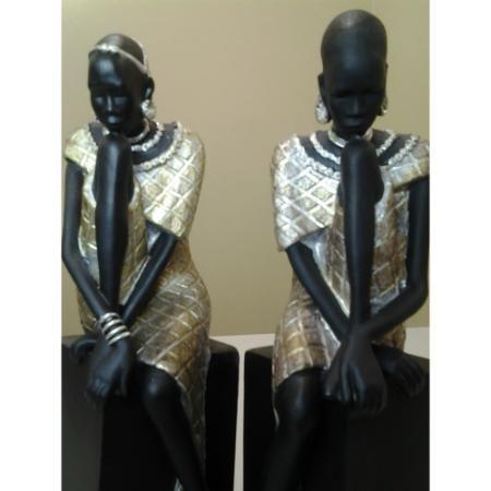 Estatueta Aparador para Livros Decorativa Africana de Resina