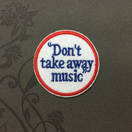 don't take away music patch Music enthusiasts iron on letters iron on patch sew on patch 6.56.5cm (A170)