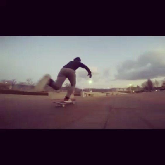 寒い#skateboarding #skatelife#sk8 #スケボー#ハナラグ#仕事終わり#gopro #ええやん by freedomstyle7