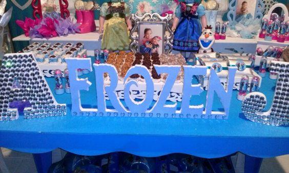 Frozen por Nick Provençal Késia