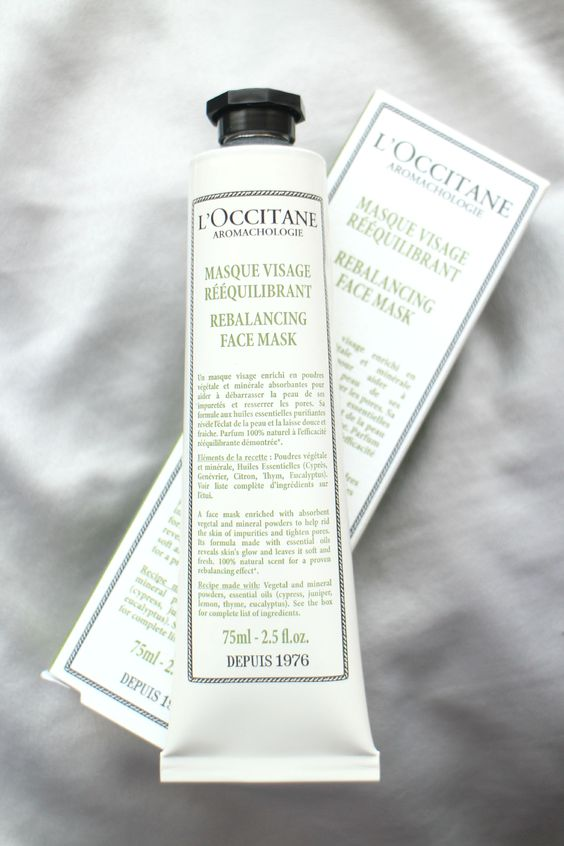 L'Occitane are a brand which are helping with this, having launched a new Rebalancing Ritual to their  Aromachologie pillar to restore balance and clarity within the mind by using 5 essential oils: juniper, lemon, cypress, thyme and eucalyptus which all boast impressive properties - who knew thyme helps with memory?