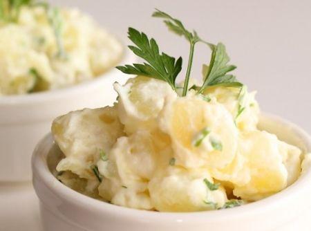 Salada de Batata sem Maionese - Veja como fazer em: http://cybercook.com.br/receita-de-salada-de-batata-sem-maionese-r-1-14750.html?pinterest-rec