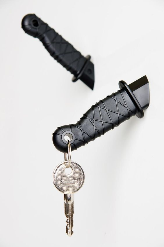 Ninja Knife Magnets // Touch of Modern. Add some drama to your notes.