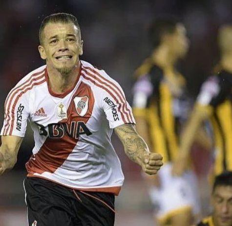 the strongers 6-0 fue goleado por  D'Alessandro, Mayada, Nacho Fernández (2), Alario, Mammana. FIESTA  MONUMENTAL!!!