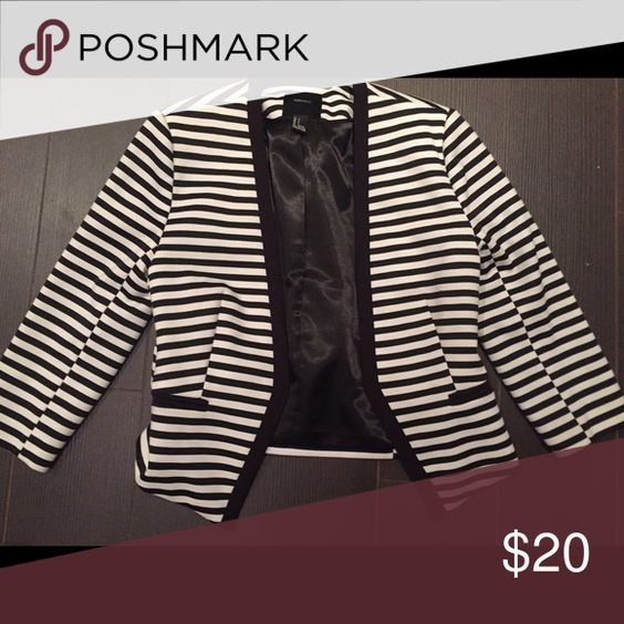 Forever 21 striped blazer Forever 21 striped blazer worn once! Comfy and cute Forever 21 Jackets & Coats Blazers